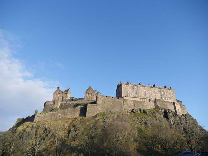 little-fish-walking-tours-edinburgh_Edinburgh_Castle_Tour4